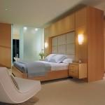 DP_Gregg-De-Meza-neutral-contemporary-bedroom-partition_h.jpg.rend.hgtvcom.1280.960