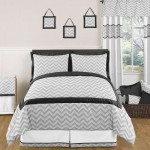 Zig-Zag-Black-and-Gray-Bedding-Set (1)