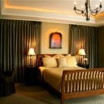 bedroom_curtain_walls