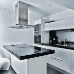 creative-kitchen-at-modest-apartment-interior-design