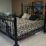 hand-made-metal-bed