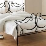 modern-wrought-iron-beds-designs