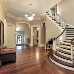 traditional-entryway-with-crown-molding-i_g-IStg0c8awilob60000000000-cmYeH
