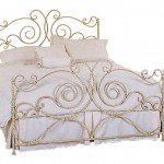 vintage-white-wrought-iron-bed-frames-with-white-bed-sheet-and-white-bed-pillows-for-vintage-bedroom-decor-antique-wrought-iron-bed-frames-for-your-bedroom-platform-ideas-lofted-bed-wrought-680x568