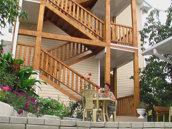 Наружные деревянные лестницы на второй этаж своими руками