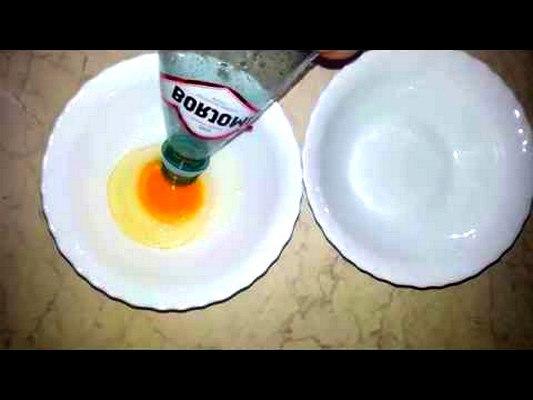 Отделить желток от белка при помощи бутылки