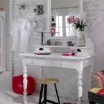 туалетный-столик-в-интерьере-13