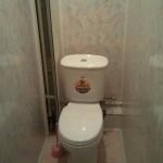 1445165007_otdelka_tualeta_plastikovymi_panelyami_foto3