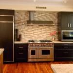 48-wolf-gas-range-subway-tiles-island-ventilation-hood-contemporary-kitchen-archipelago-hawaii-luxury-home-designs