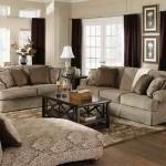 Classic-Living-Room-Art