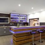 Contemporary-Modern-Bar-Design-in-Kitchen