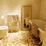 Designer-Bathroom