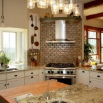 Farmhouse-kitchen-with-corner-range-and-hood