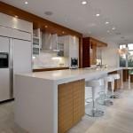 Kitchen-Breakfast-Bar-Contemporary-Home-in-Edmonton-Canada