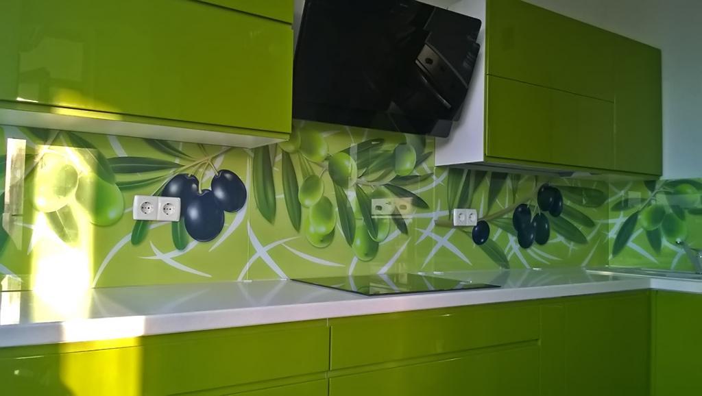 Как сделать стеклянный фартук для кухни
