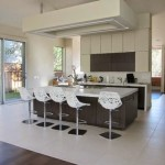 kitchen-false-ceiling-design-with-integrated-lighting-system