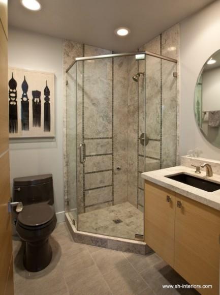 kompaktnyy-dizayn-malenkoy-tualetnoy-komnaty-951