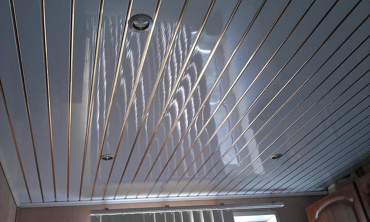 Пластик потолок картинки