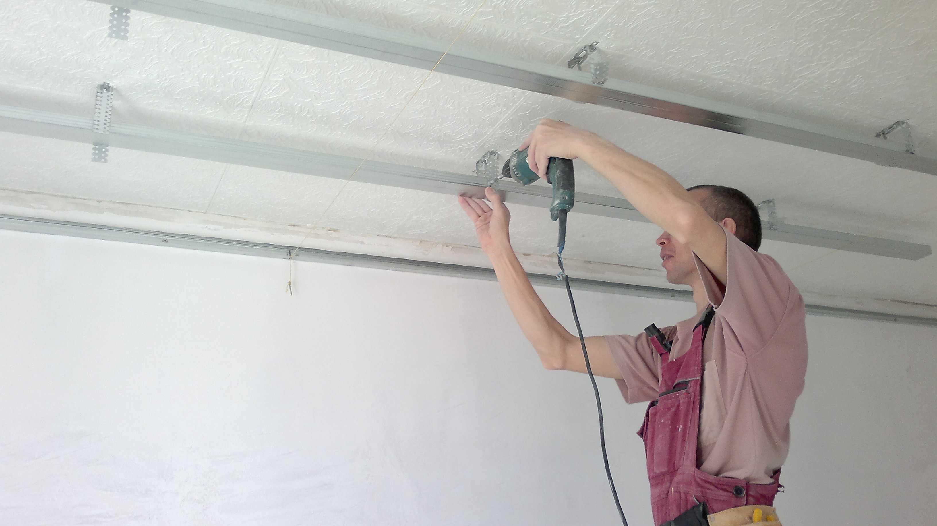 Подвесной потолок своими руками монтаж