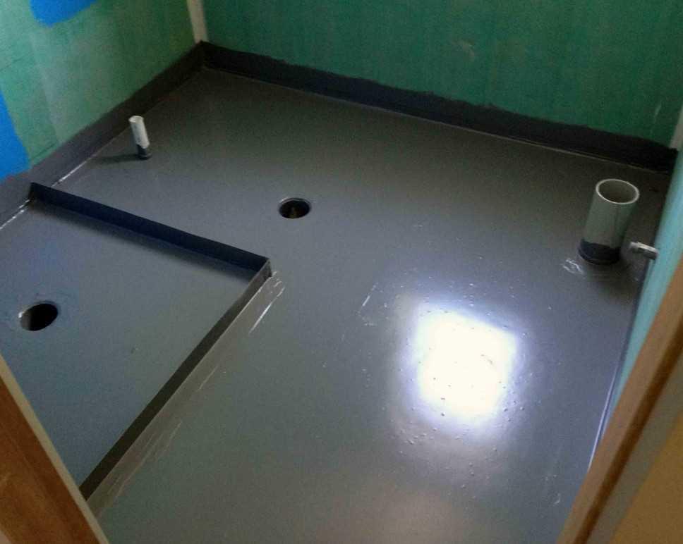 вариант гидроизоляции трапа в полу ванной литьем без поддона