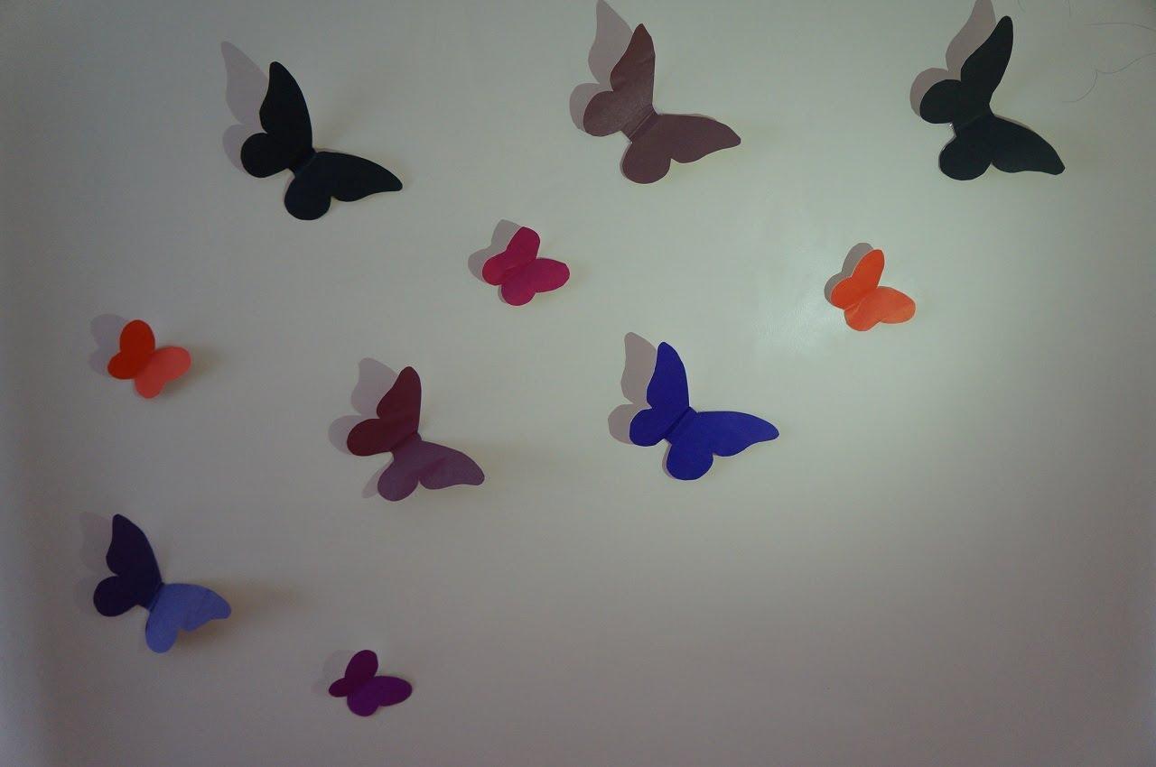 идея использования трафарета бабочки в отделке стен