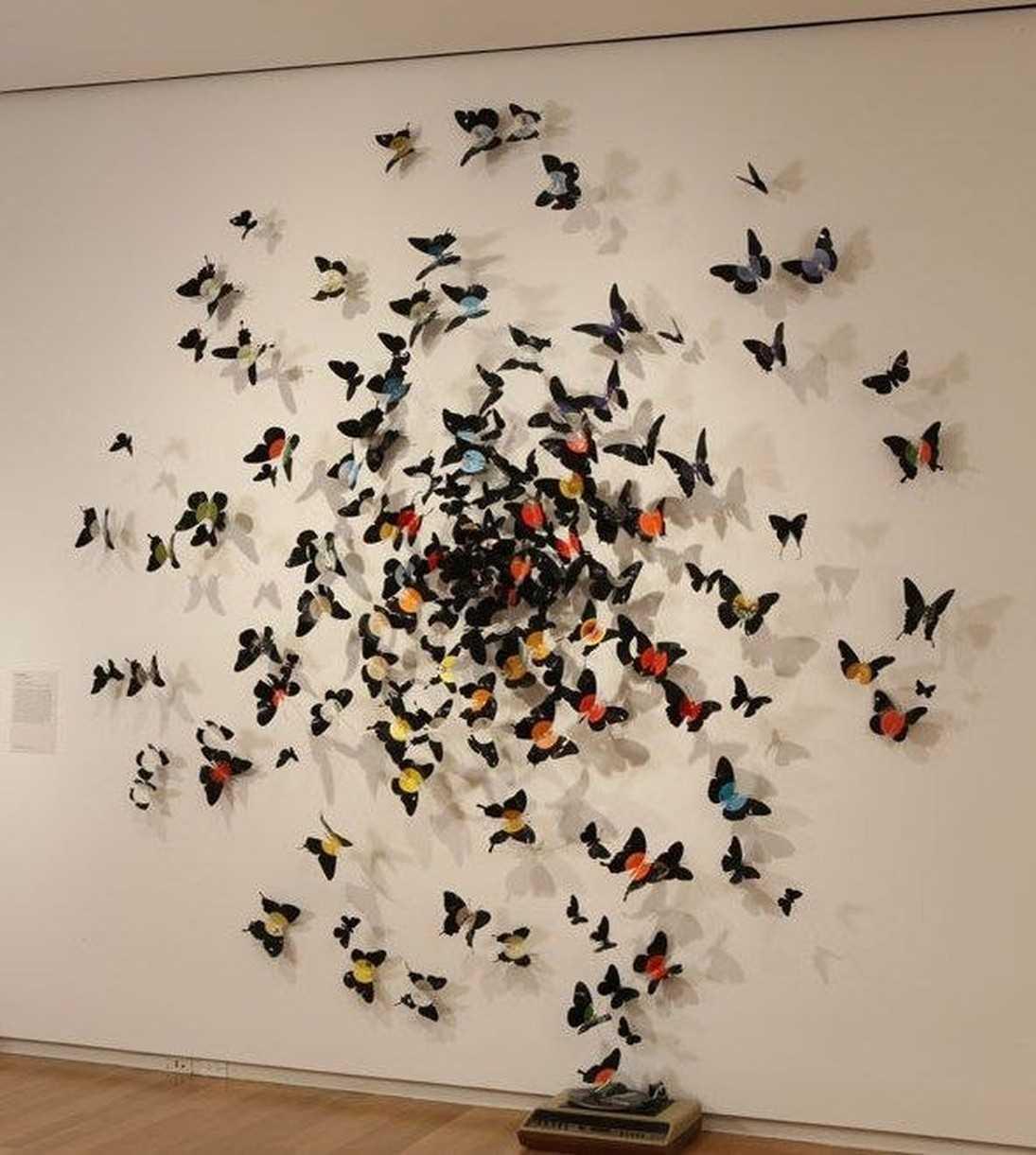 возможность использования трафарета бабочки в декоре комнаты