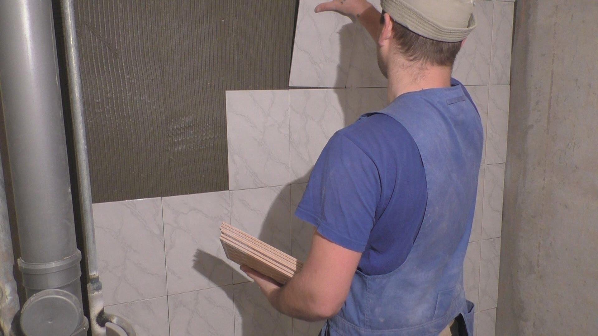 Переложить плитку в ванной своими руками